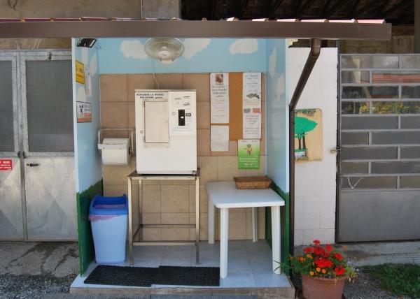 Distributore LATTE FRESCO a Oggiona Santo Stefano