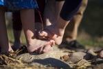 piedi nudi in fattoria,percorso 5 sensi a piedi nudi in fattoria didattica,prima fattoria didattica a varese percorso a piedi nudi in fattoria