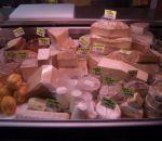 formaggio fresco dalla fattoria losetta a Tainof